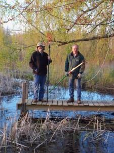 pond w muckers apr 2012 (16)